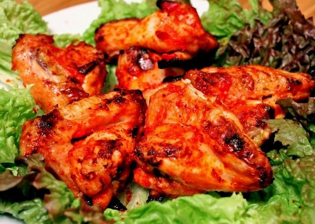 Куриные крылышки: лучшие рецепты на мультиварке