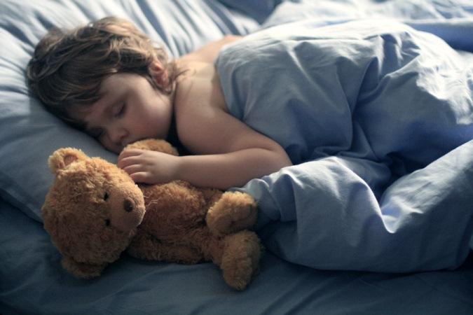 Почему люд разговаривают в  сне: причины