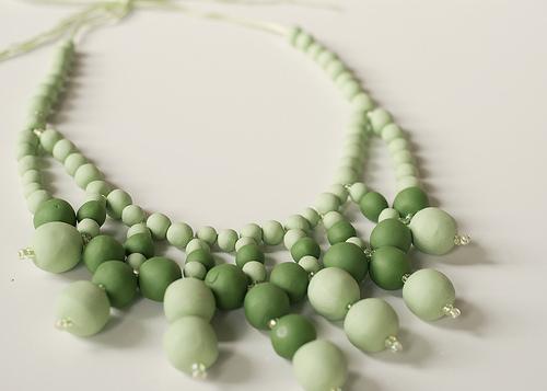 Необычное ожерелье из полимерной глины
