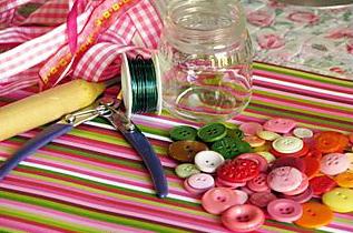 Как сделать красивый букет из пуговиц своими руками