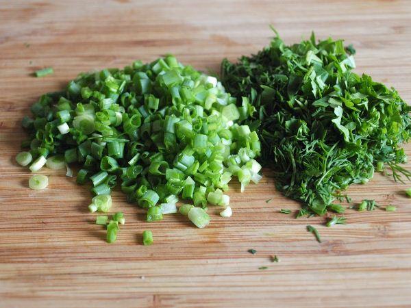 Салат с печенью трески: рецепты умелых хозяюшек