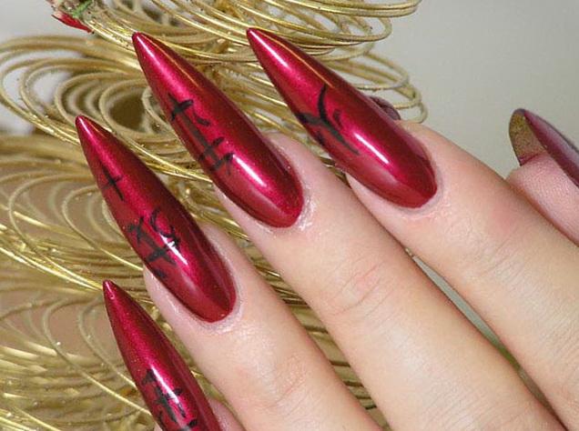 На ткань моды: критический фотодизайн ногтей