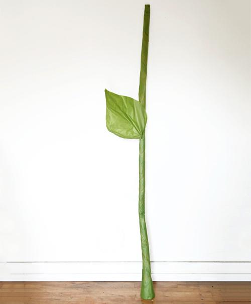 Большой цветок из бумаги своими руками