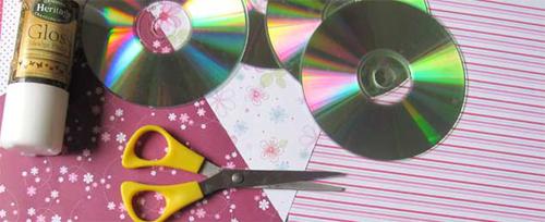Декоративная подставка из CD дисков