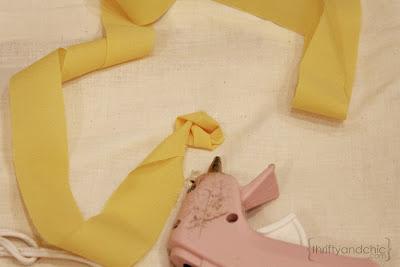 Декор диванных подушек