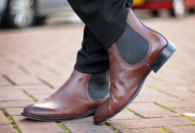 С чем  актуально  носить и сочетать ботинки?