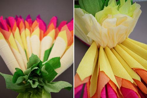 Делаем цветы из гофрированной бумаги