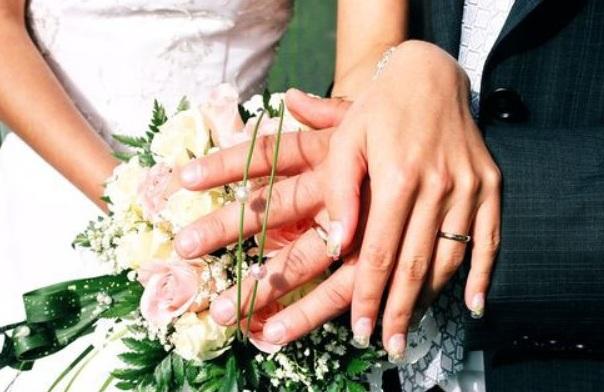 Поэтичный момент: трогательное поздравление на свадьбу