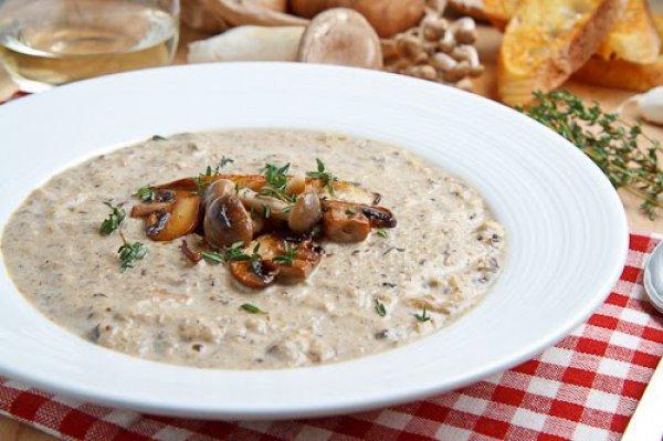 Суп из  подосиновиков: рецепты из  сезонных и замороженных грибов