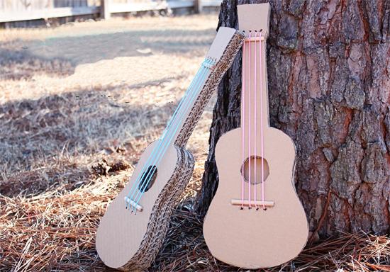 Гитара из картона
