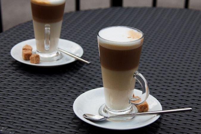 Для ценителей кофе: чем  отличается латте от капучино?