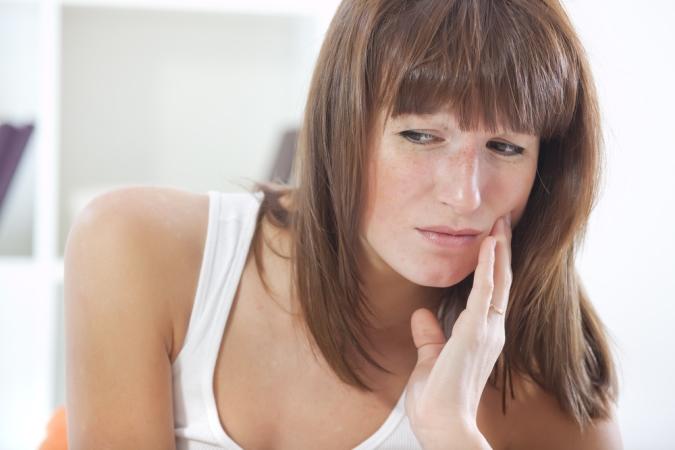Киста зуба: не упустите первые симптомы!