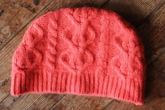 Шапка из свитера своими руками