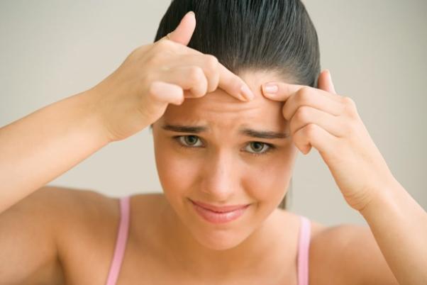 Зубная томат ото  прыщей: приемы относительно экспресс-лечения